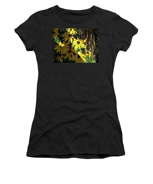 Sun Lit Diasies Women's T-Shirt (Athletic Fit)