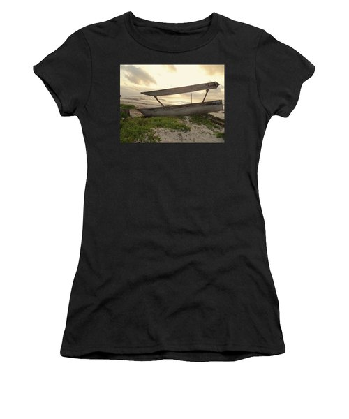 Sun Rays And Wooden Dhows Women's T-Shirt (Athletic Fit)
