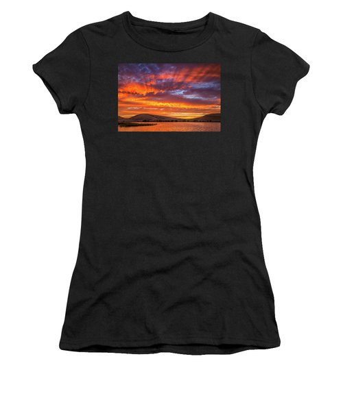 Sun Rays At Sunset Women's T-Shirt
