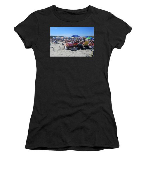 Sunday At The Beach Women's T-Shirt (Athletic Fit)