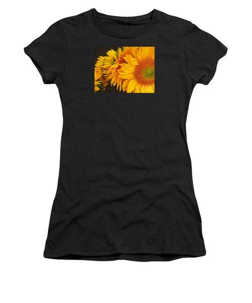 Sunflowers Train Women's T-Shirt (Junior Cut)