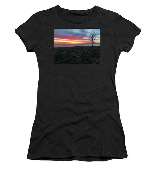 Sunrise At Lake Sakakawea Women's T-Shirt