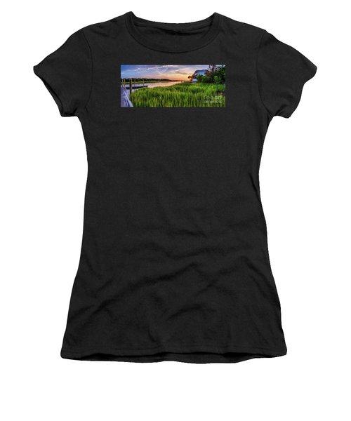 Sunrise At The Boat Ramp Women's T-Shirt