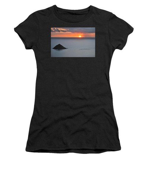 Sunrise View Women's T-Shirt (Athletic Fit)