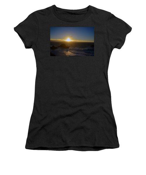 Sunset In San Francisco Women's T-Shirt