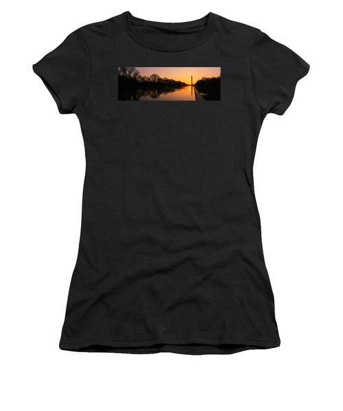 Sunset On The Washington Monument & Women's T-Shirt (Junior Cut) by Panoramic Images