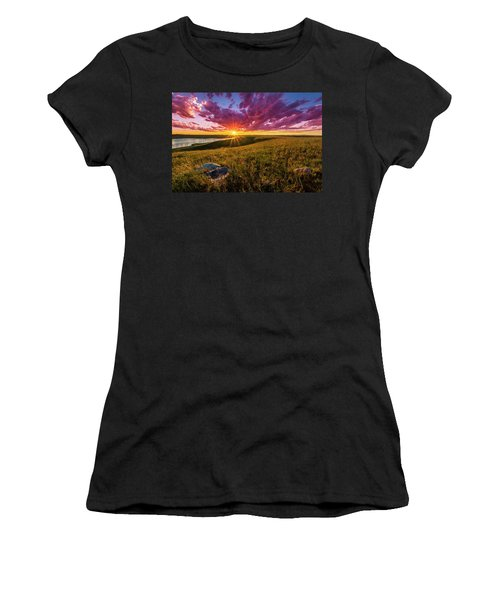 Sunset Over Lake Oahe Women's T-Shirt