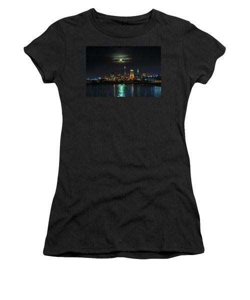 Super Full Moon Over Cleveland Women's T-Shirt