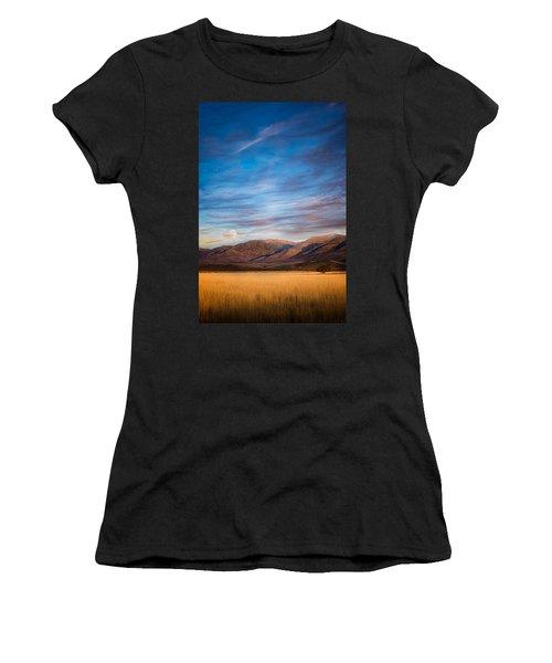 Super Moon Rise Women's T-Shirt (Athletic Fit)