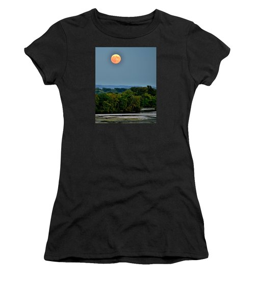Supermoon On The Mississippi Women's T-Shirt