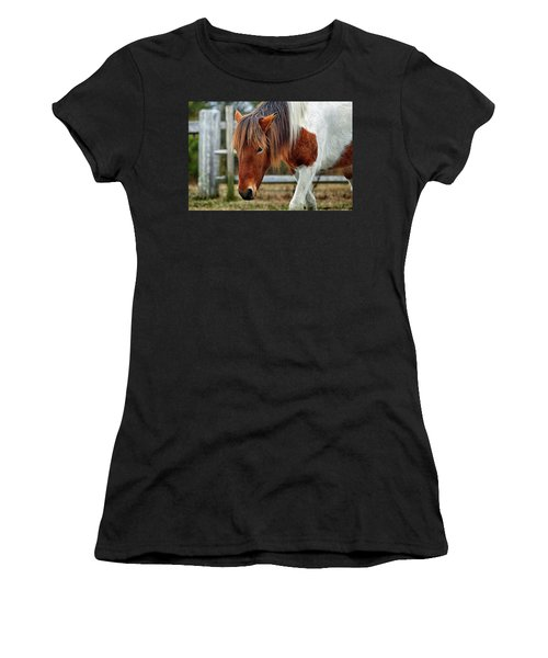 Susi Sole N2bhs-m Says Don't Fence Me In Women's T-Shirt