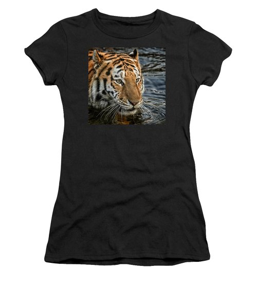 Swimming Tiger Women's T-Shirt