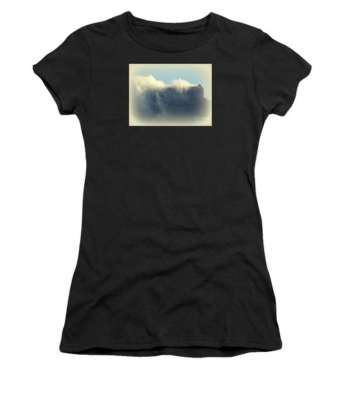 Table Rock With Cloud 2 Women's T-Shirt (Athletic Fit)