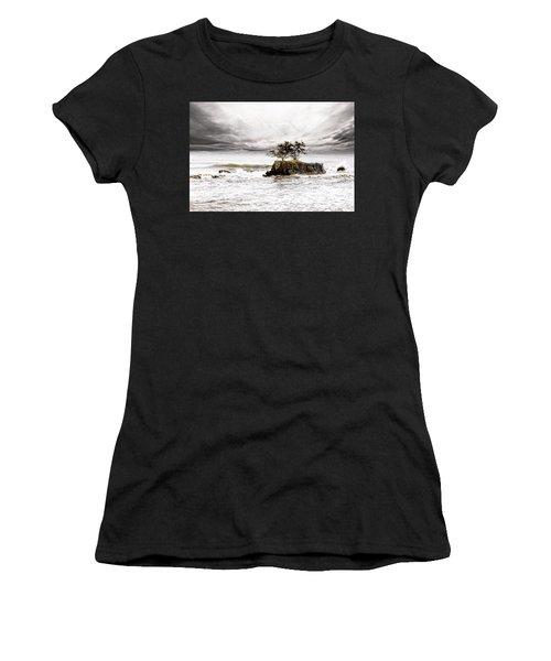 Gorgeous Tahiti Women's T-Shirt