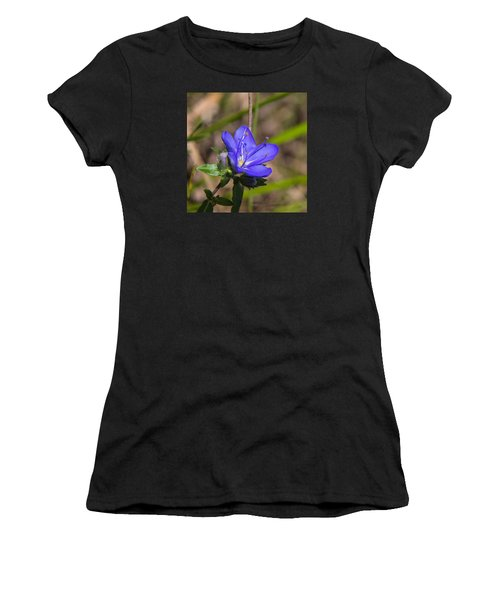 Tall Hydrolea Wildflower Women's T-Shirt (Athletic Fit)