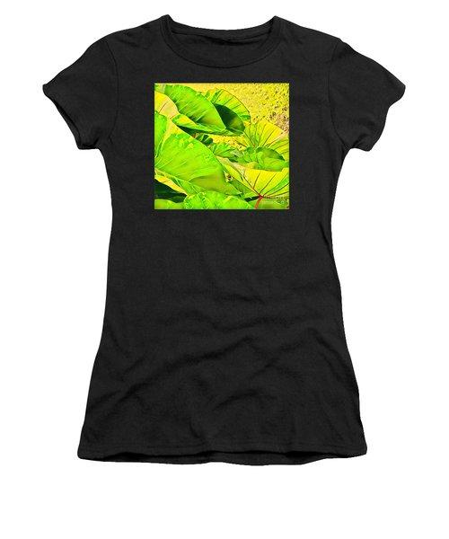 Taro Leaves In Green Women's T-Shirt