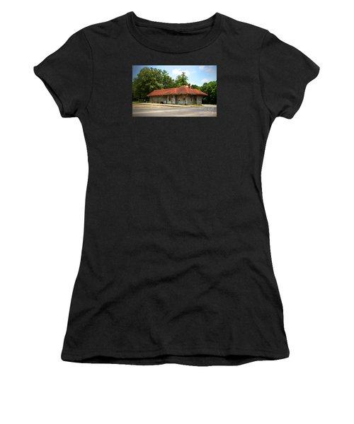 Tate, Ga, Rr Depot Women's T-Shirt (Junior Cut) by Marilyn Carlyle Greiner