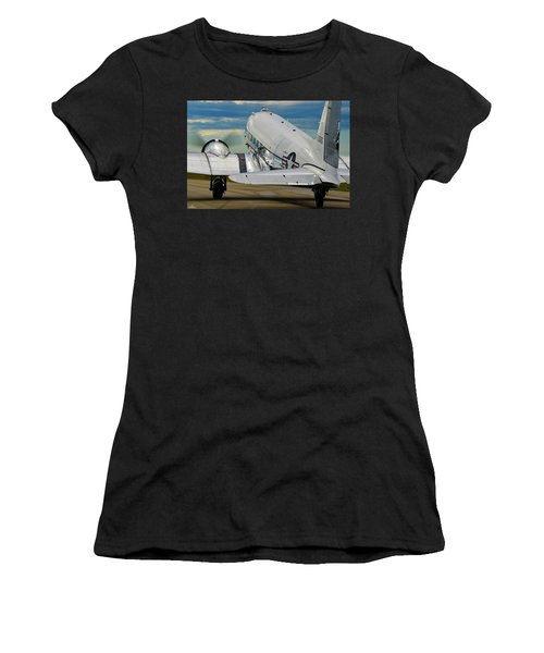 Taxiing To The Active Women's T-Shirt