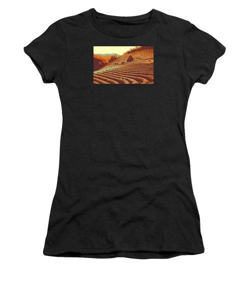 Tea Field Women's T-Shirt