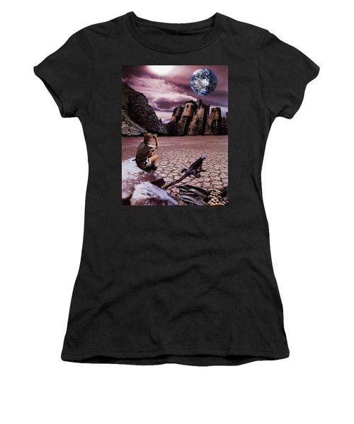 The Archeologist Women's T-Shirt
