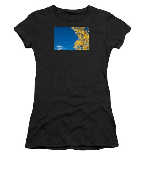 The Aspen Leaf Women's T-Shirt (Athletic Fit)