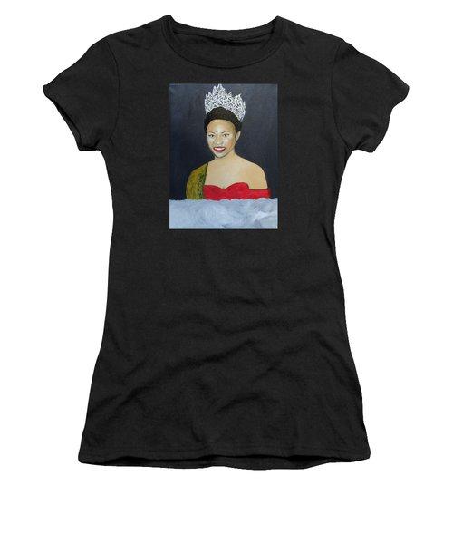 The Golden Queen  Women's T-Shirt (Athletic Fit)