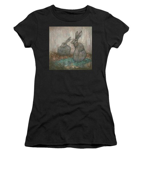 The Hare's Den Women's T-Shirt