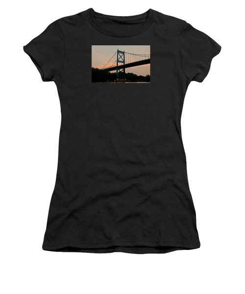 The High Level Aka Anthony Wayne Bridge I Women's T-Shirt (Athletic Fit)