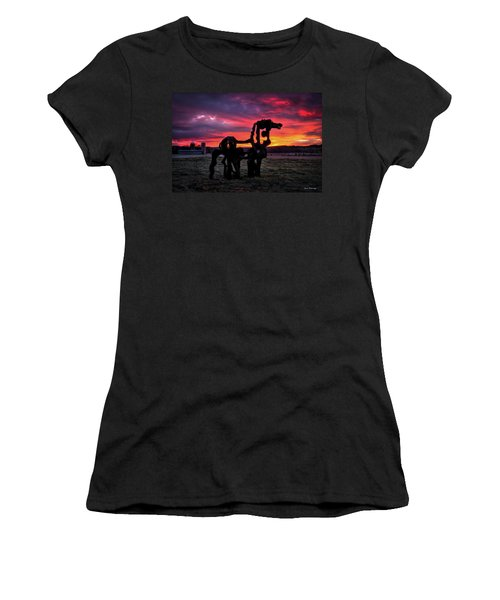The Iron Horse Sun Up Art Women's T-Shirt
