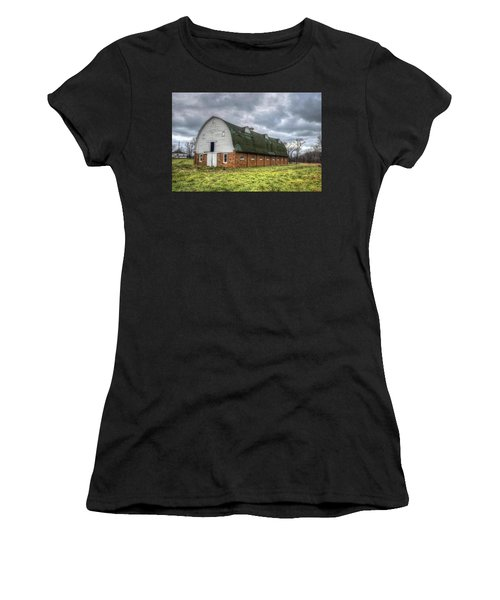 The Long Barn Women's T-Shirt (Athletic Fit)