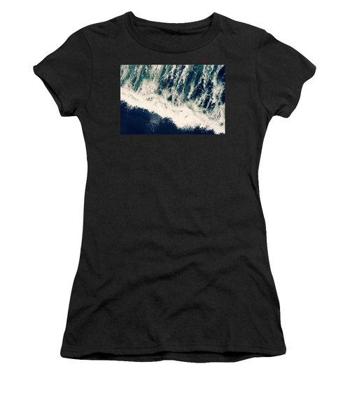 The Ocean Roars Women's T-Shirt (Athletic Fit)