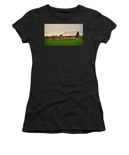 The Old Barn Women's T-Shirt