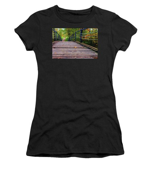 the old bridge over the river invites for a leisurely stroll in the autumn Park Women's T-Shirt (Athletic Fit)