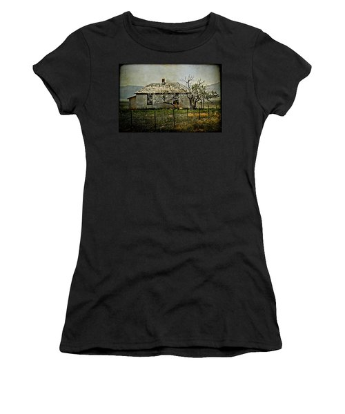 The Old House Women's T-Shirt (Athletic Fit)