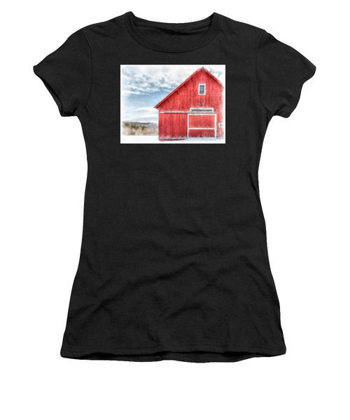 The Old Red Barn Newport New Hampshire Watercolor Women's T-Shirt