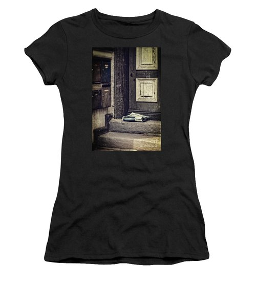 The Paper Boy Was There. Women's T-Shirt (Athletic Fit)