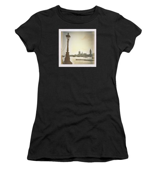 The River Thames  Women's T-Shirt