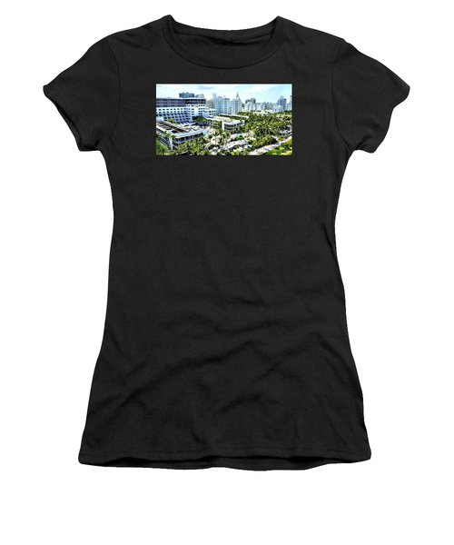The Stay Women's T-Shirt (Athletic Fit)
