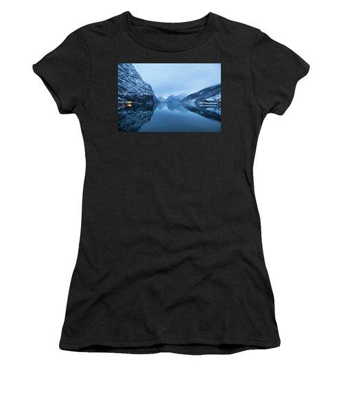 The Stillness Of The Sea Women's T-Shirt