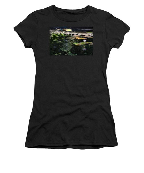 The Water Lily Women's T-Shirt (Junior Cut) by Cendrine Marrouat