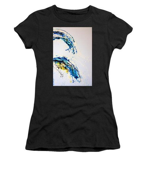The Wave 3 Women's T-Shirt (Athletic Fit)