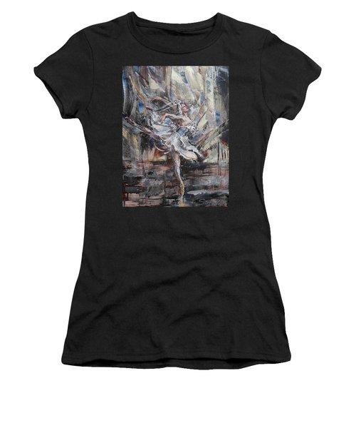 The White Swan Women's T-Shirt