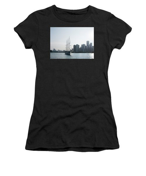 The Windy City Women's T-Shirt (Athletic Fit)