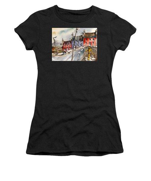 The Yellow Pump, Eyeries, Cork Women's T-Shirt