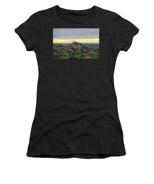 Theodore Roosevelt National Park, Nd Women's T-Shirt