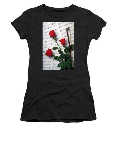 Three Red Roses  Women's T-Shirt