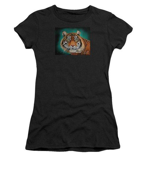 Tiger Portrait......amur Tiger Women's T-Shirt (Athletic Fit)