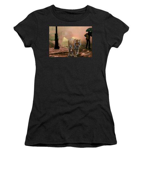 Tiger Walking Down A Snow Slushy Street Women's T-Shirt (Athletic Fit)