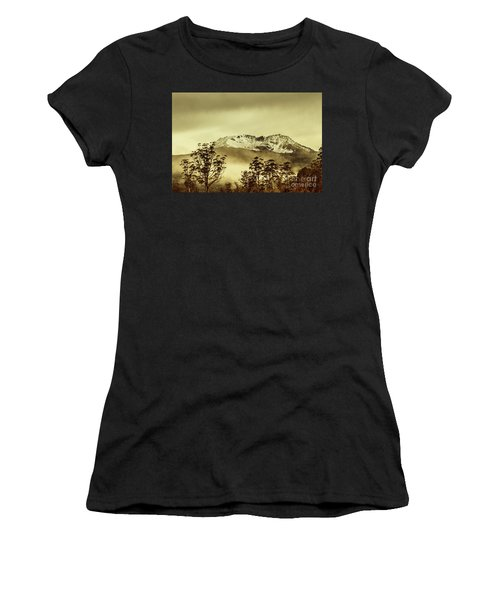 Toned View Of A Snowy Mount Gell, Tasmania Women's T-Shirt