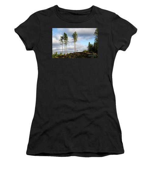 Towards The Sky Women's T-Shirt (Junior Cut) by Kennerth and Birgitta Kullman